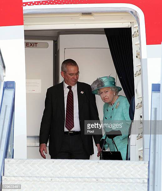 Queen Elizabeth II arrives at Fairbairn base on October 19 2011 in Canberra Australia The Queen and Duke of Edinburgh are on a 10day visit to...