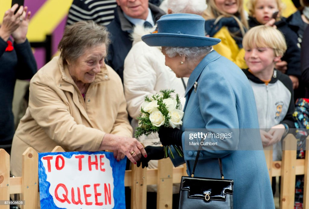 Queen Elizabeth II arrives at Hull Railway Station on November 16, 2017 in Kingston upon Hull, England.