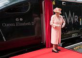 london england queen elizabeth ii arrives