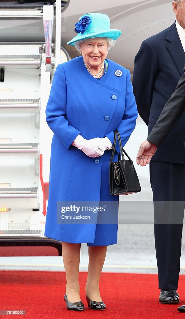 Queen Elizabeth II Visits Berlin : News Photo