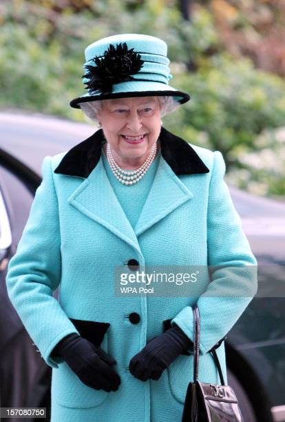 Queen Elizabeth II arrives at Thames Hospicecare to commemorate their 25th Anniversary on November 28 2012 in Windsor Berkshire Her Majesty visited...