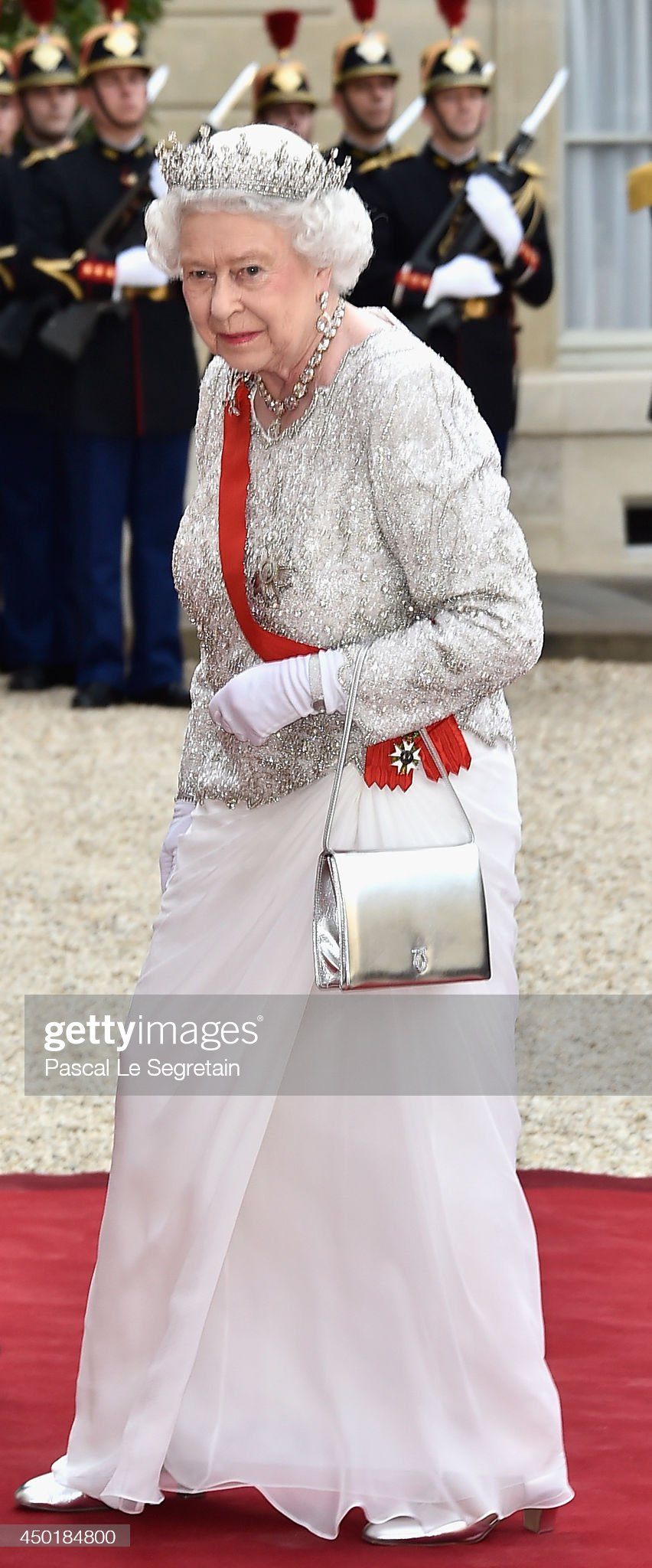 Queen Elizabeth II On Official Visit In Paris : Day Two : News Photo