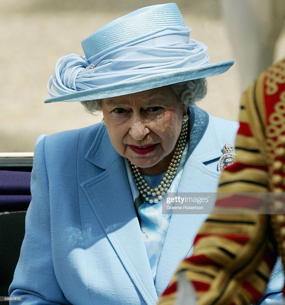 Queens Birthday Parade & Trooping The Colour : News Photo