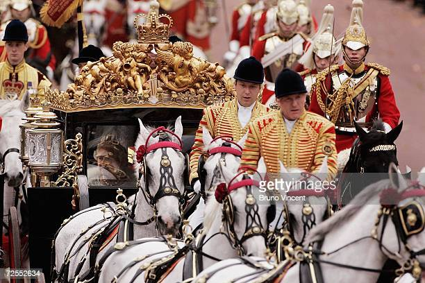 Queen Elizabeth II arrives back at Buckingham Palace after delivering a speech at the state opening of Parliament on November 15, 2006 in London,...