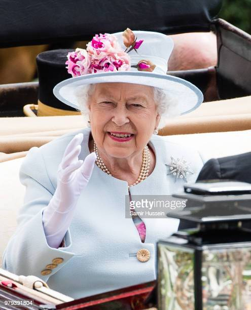 Queen Elizabeth II arrives by carriage at Royal Ascot Day 2 at Ascot Racecourse on June 20 2018 in Ascot United Kingdom