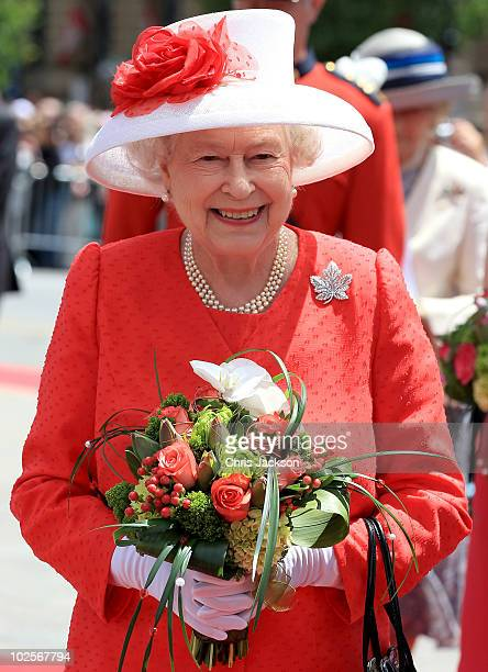Queen Elizabeth II arrives for Canada Day celebrations on Parliament Hill on July 1 2010 in Ottawa Canada The Queen and Duke of Edinburgh are on an...