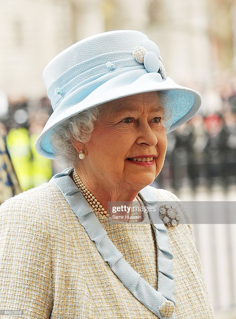 The Queen Attends the Day Observance Service : News Photo