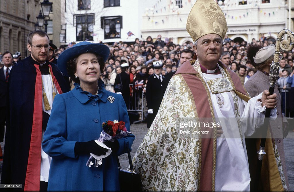 Queen Elizabeth II attends Maundy Service in Exeter : News Photo
