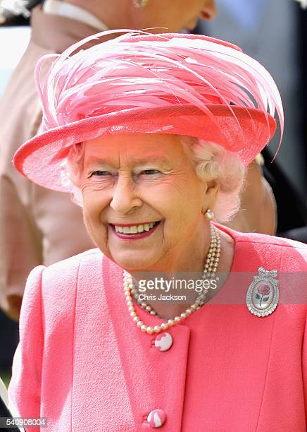 Queen Elizabeth II arrives into the Parade Ring on the fourth day of Royal Ascot at Ascot Racecourse on June 17 2016 in Ascot England