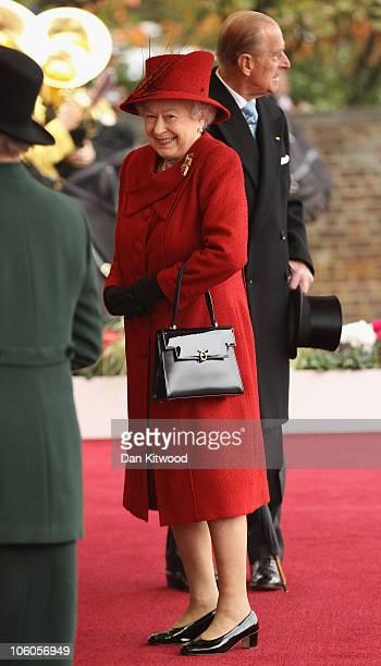 Queen Elizabeth II arrives to greet the Emir of Qatar Sheikh Hamad bin Khalifa al Thani to her Windsor residence on October 26 2010 in Windsor...