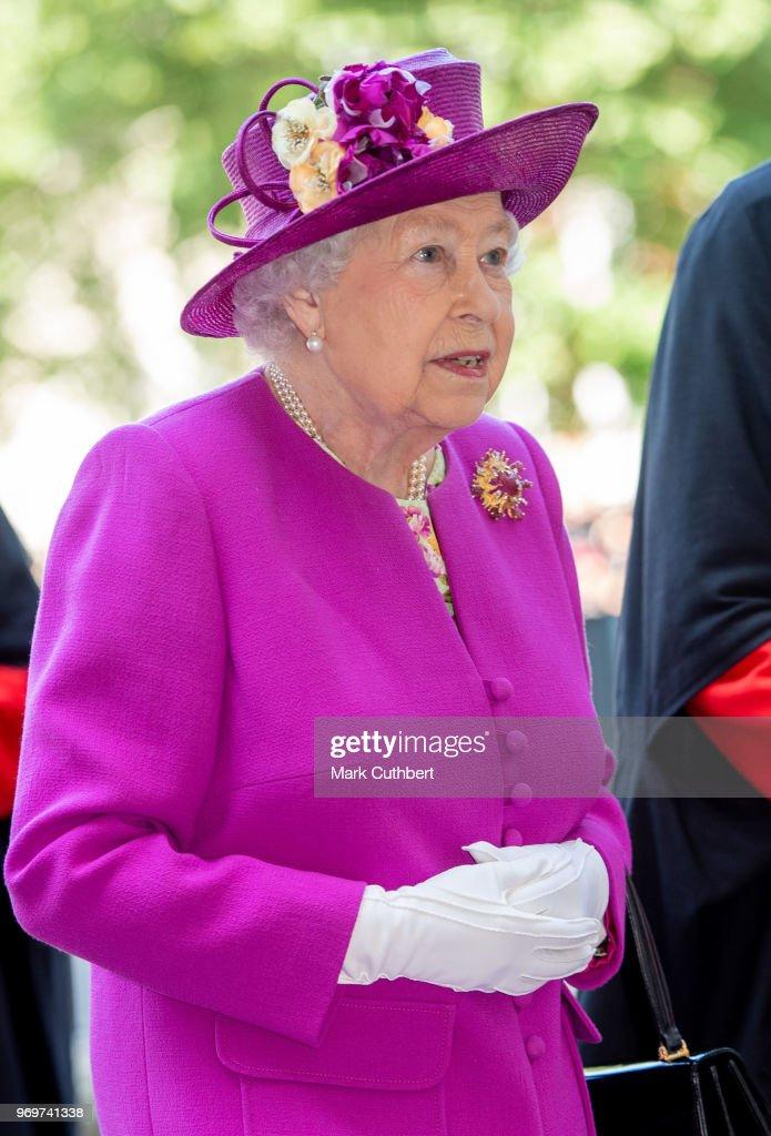 The Queen's Diamond Jubilee Galleries : News Photo