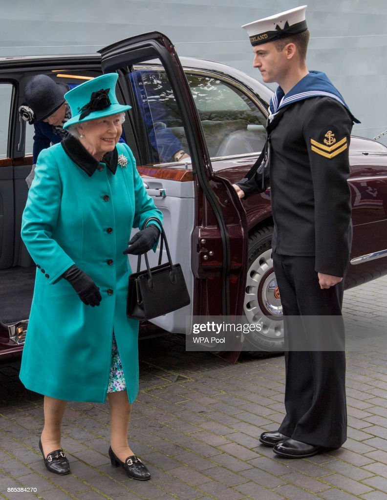The Queen Visits HMS Sutherland : News Photo