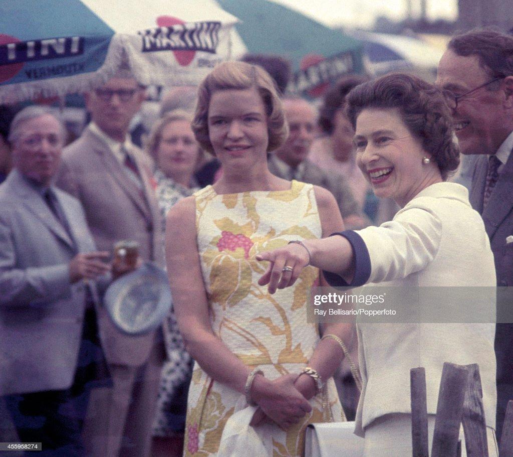 Queen Elizabeth II At A Polo Match : News Photo