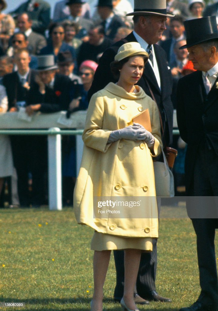 Queen At The Oaks : News Photo