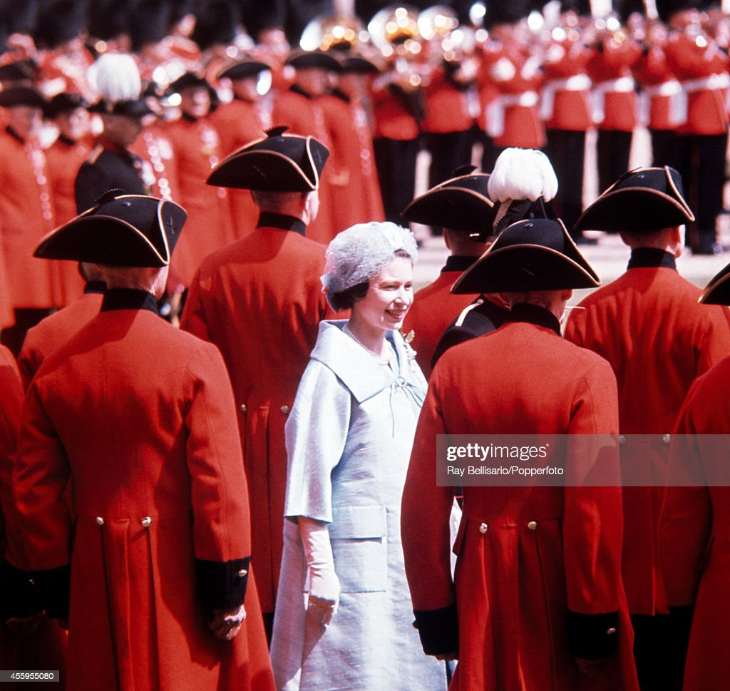 Queen Elizabeth II at the Founders Day parade for the Chelsea Pensioners at the Royal Hospital in London on 29th May 1962.