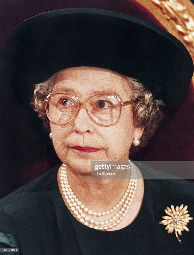 Queen Elizabeth II At The Guildhall In London Making Her 'annus Horribilis' Speech Describing Her Sadness At The Events Of The Year Which Included The Marriage Breakdown Of Two Of Her Sons And The Devastating Fire At Her Home Windsor Castle.