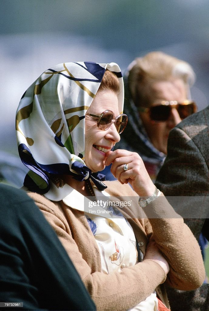 Queen Elizabeth II at the Royal Windsor Horse Show watching : News Photo