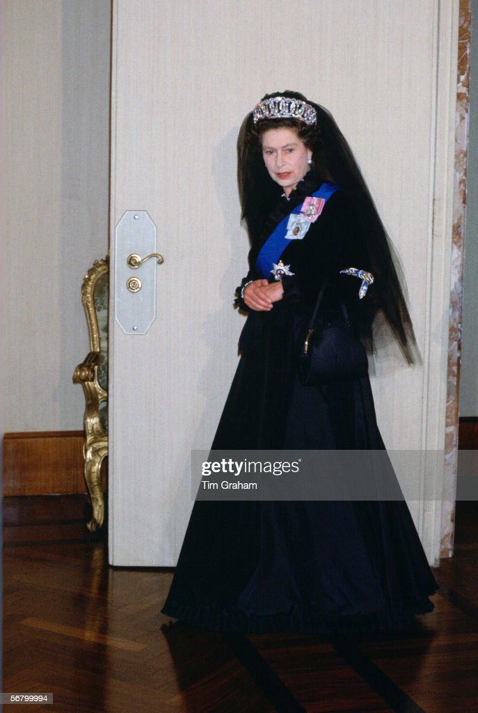 Queen Elizabeth Ii At The Vatican For An Audience With The