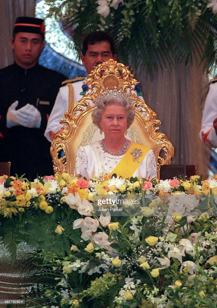 State visit to Brunei 1998 : News Photo