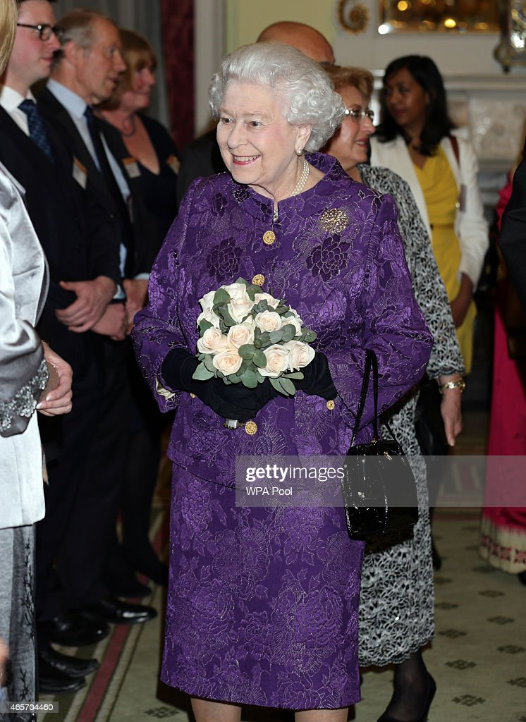 Queen Elizabeth Hosts Commonwealth Day Reception : News Photo