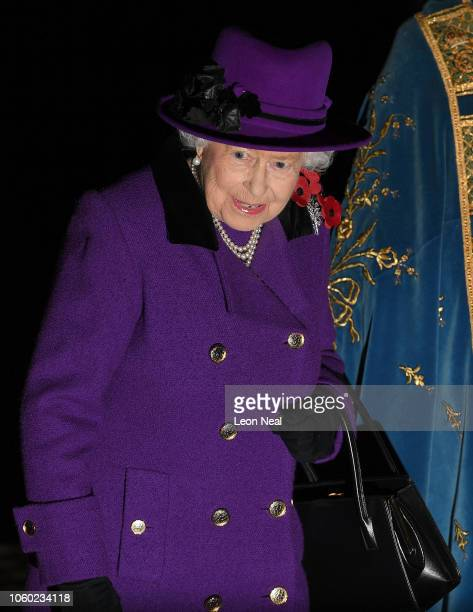 Queen Elizabeth II attends a service marking the centenary of WW1 armistice at Westminster Abbey on November 11 2018 in London England The armistice...