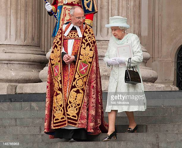 Queen Elizabeth II attends a Service of Thanksgiving to celebrate Queen Elizabeth II's Diamond Jubilee at St Paul's Cathedral on June 5, 2012 in...