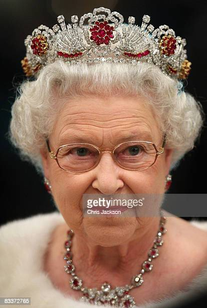 Queen Elizabeth II attends a state banquet at Brdo Castle on the first day of a two day tour of Slovenia on October 21 2008 in Ljubljana Slovenia The...