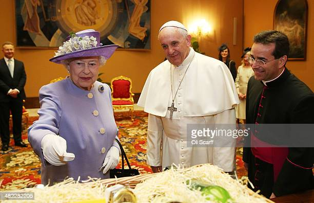 Queen Elizabeth II attends an audience with Pope Francis during their oneday visit to Rome on April 3 2014 in Vatican City Vatican During their brief...