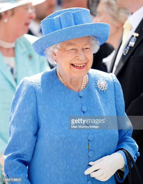 Queen Elizabeth II attends 'Derby Day' of the Investec Derby Festival at Epsom Racecourse on June 1, 2019 in Epsom, England.