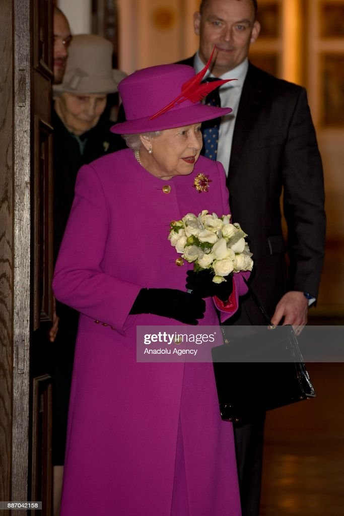 Queen Elizabeth II at Scripture Union's 150th Anniversary Service of Celebration : News Photo