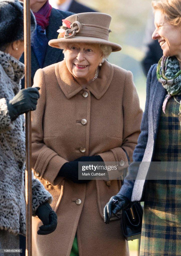 British Royal Family Attend Church In Sandringham : Nachrichtenfoto