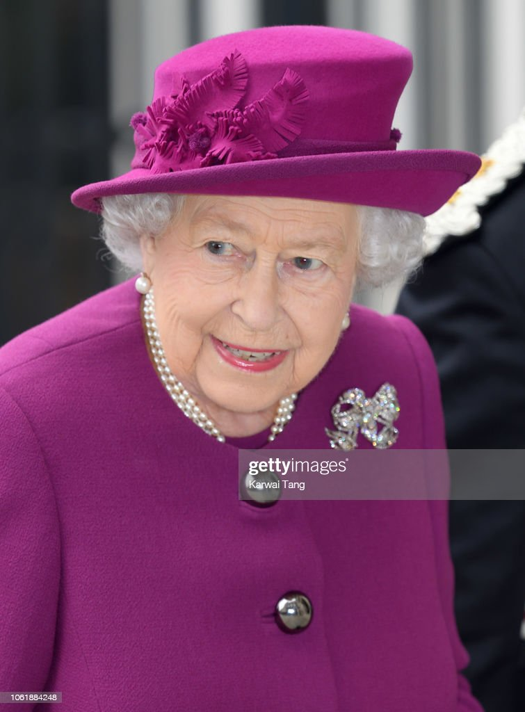 The Queen Attends The Anglo-Norse Society Centenary Reception : ニュース写真