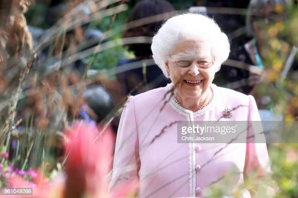 Queen Elizabeth II attends the Chelsea Flower Show 2018 on May 21 2018 in London England