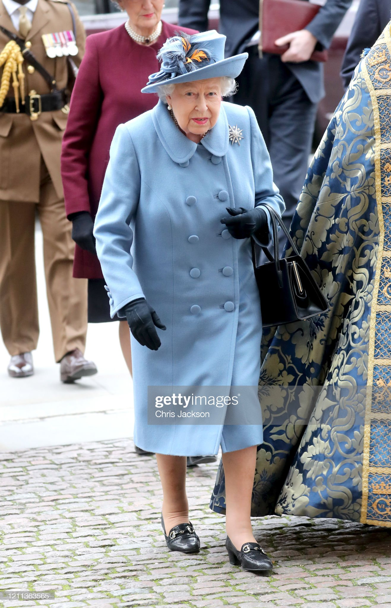 https://media.gettyimages.com/photos/queen-elizabeth-ii-attends-the-commonwealth-day-service-2020-at-on-picture-id1211363565?s=2048x2048