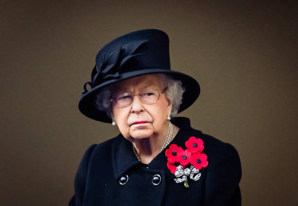UNS: The Royal Week - November 09