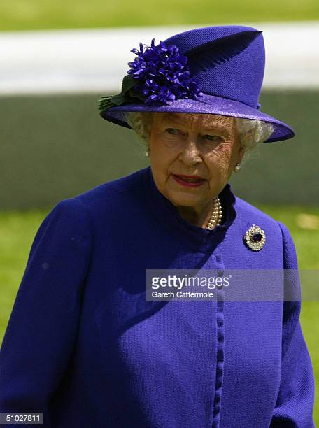 Queen Elizabeth II attends the opening of the Diana Memorial Fountain in memory of the late Princess Diana at the south side of the Serpentine Hyde...