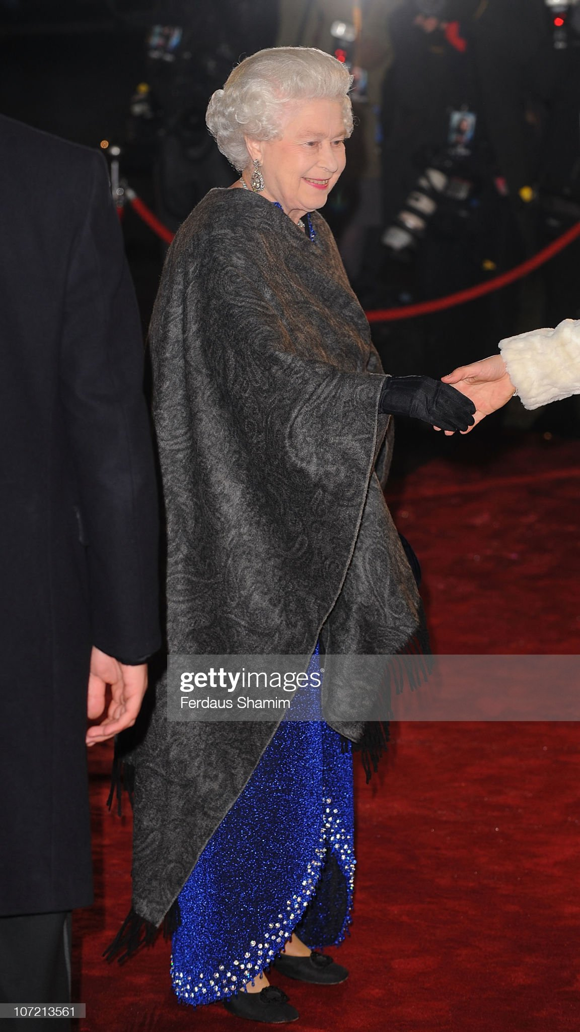Royal Film Performance 2010: The Chronicles Of Narnia: The Voyage Of The Dawn Treader - Outside : News Photo