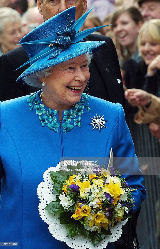 Queen Elizabeth II Attends The Traditional Maundy Service : News Photo