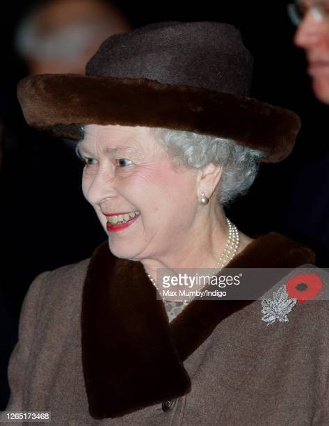 Queen Elizabeth II attends the 'Vigil 1914-1918' ceremony at Canada House, Trafalgar Square on November 4, 2008 in London, England. The ceremony is...