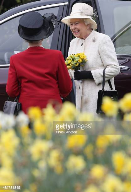 Queen Elizabeth II attends the Windsor Greys Statue unveiling on March 31 2014 in Windsor England The statue marks 60 years of The Queen's Coronation...