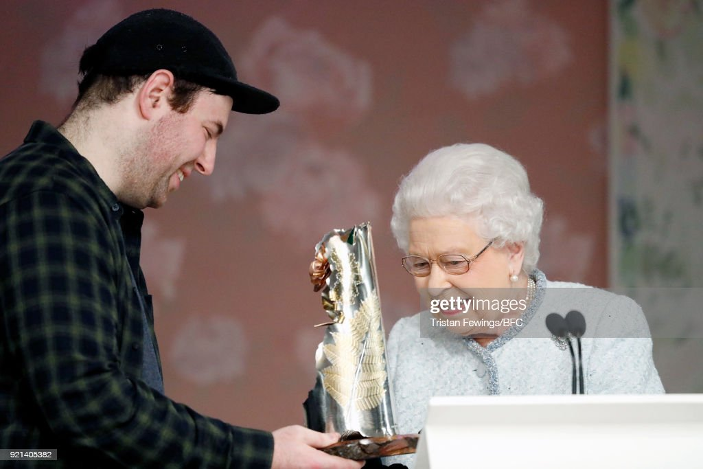 The Queen Presents The Inaugural Queen Elizabeth II Award For British Design At London Fashion Week : News Photo