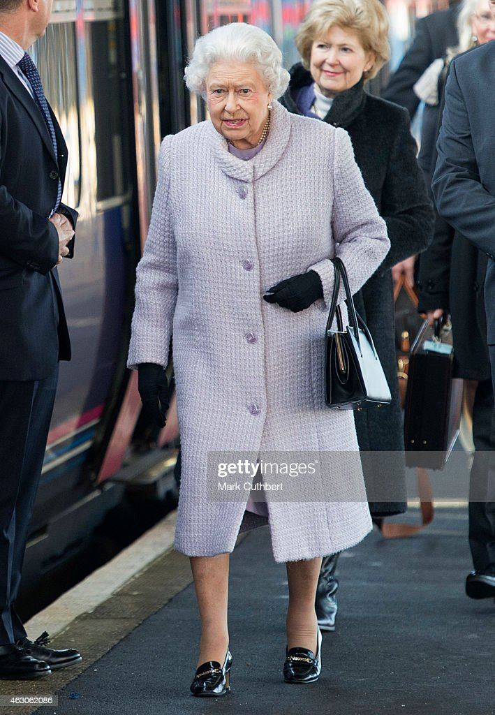 The Queen Departs King's Lynn After Her Christmas Break : News Photo