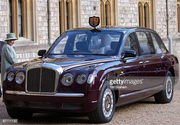 Queen Elizabeth II Delighted With The New Bentley State Limousine Car Presented To Her As A Golden Jubilee Gift On Behalf Of A Consortium Of...