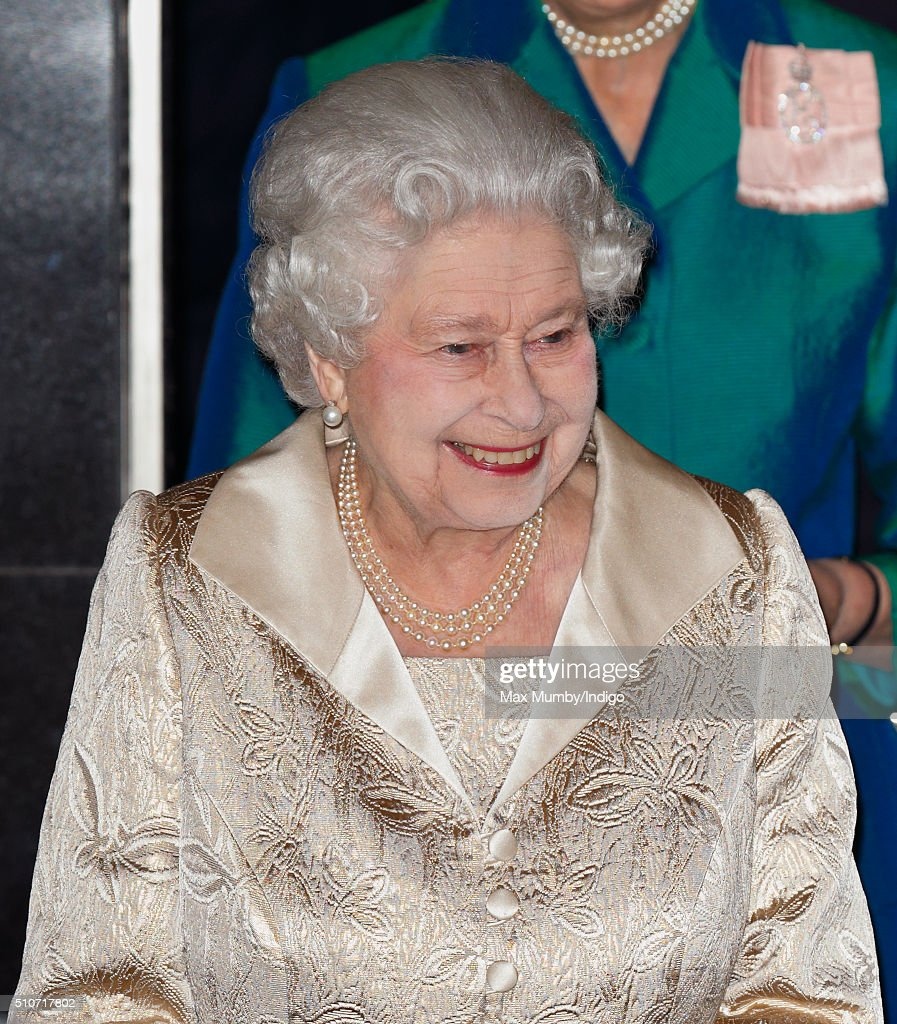 Queen Elizabeth II Attends Gold Service Scholarship Awards Ceremony At Claridge's : News Photo