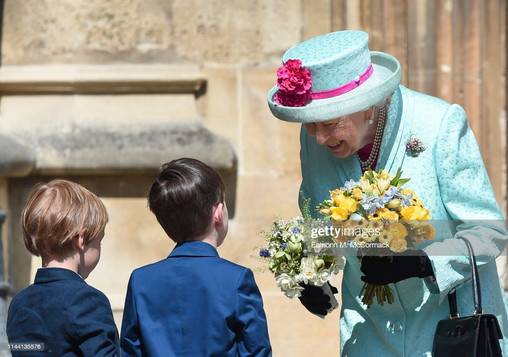 The Royal Family Attend Easter Service At St George's Chapel, Windsor : Nachrichtenfoto