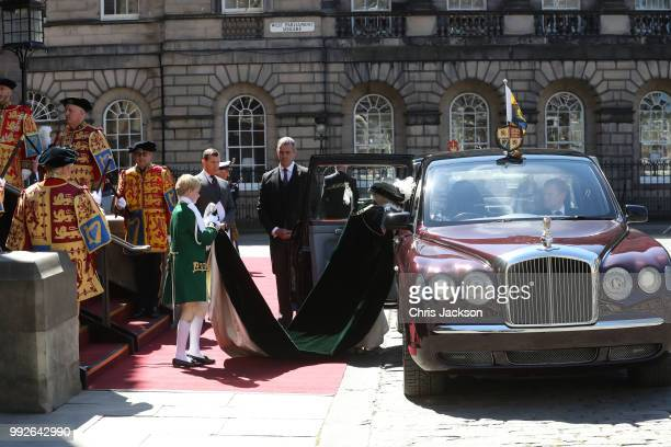 Queen Elizabeth II enters her car as she leaves The Thistle Service at St Giles Cathedral on July 6 2018 in Edinburgh Scotland