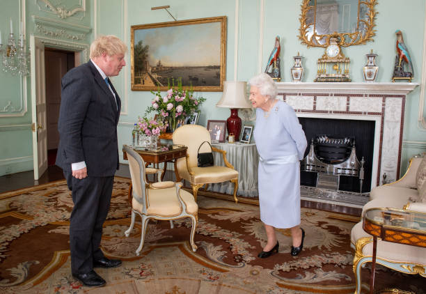 GBR: Weekly In-Person Meetings Between The Queen And Prime Minister Resume
