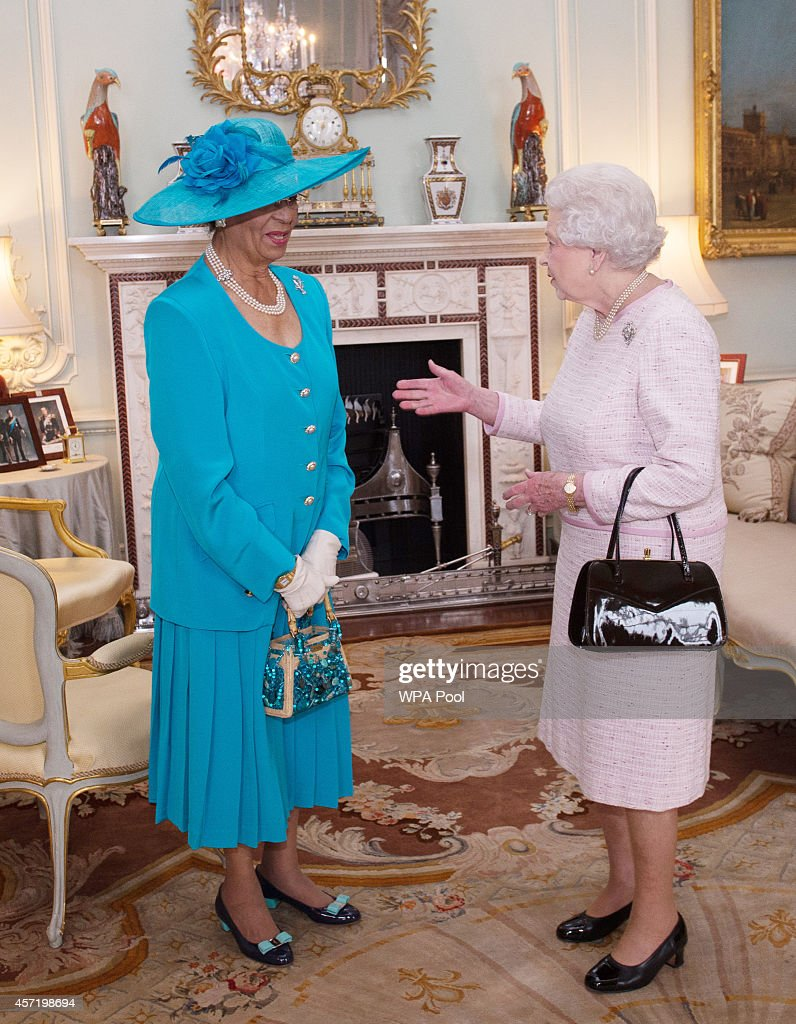Queen Elizabeth II Holds An Audience With Dame Marguerite Pindling : News Photo