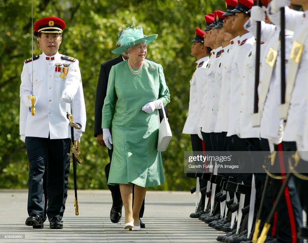 royalty queen elizabeth ii visit to singapore pictures getty images rh gettyimages com