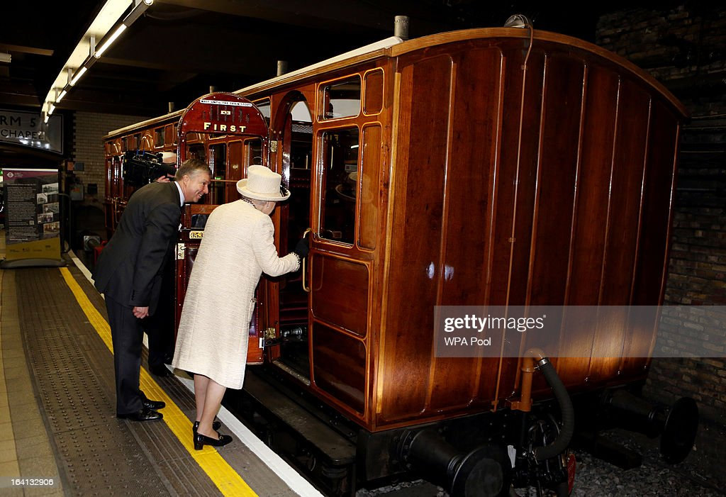 The Queen, Duke Of Edinburgh & Duchess Of Cambridge Visit Baker Street Underground Station : News Photo